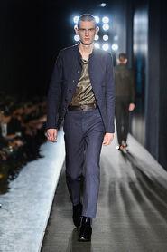 FW13-Milan-Mens-Black-Gold-catwalk-15
