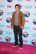 Josh-hutcherson-2012-tca- (1)