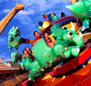 File:Disney-s-animal-kingdom triceratop-spin.jpg