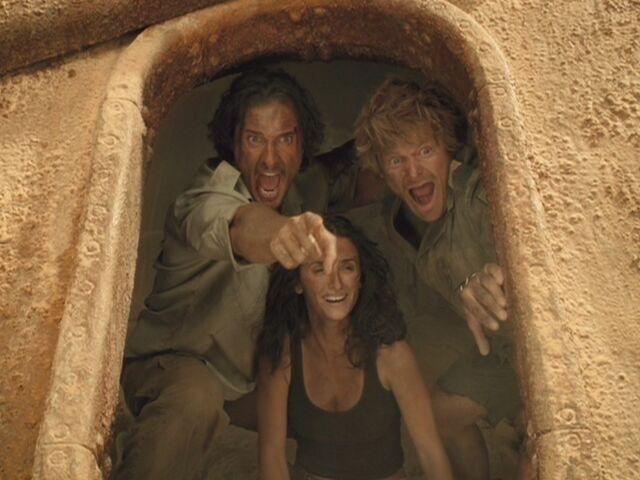 File:Matthew-McConaughey-in-Sahara-matthew-mcconaughey-13863525-1067-800.jpg