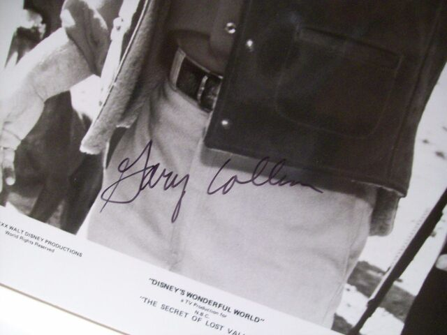 File:Collins-gary-photo-signed-autograph-the-secret-of-lost-valley-1980-11.jpg