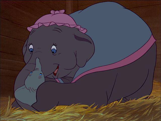 File:Dumbo-disneyscreencaps com-1008.jpg