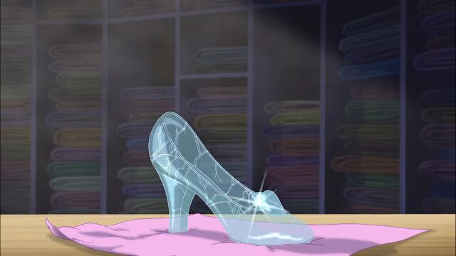 File:Cinderella3-disneyscreencaps.com-5338.jpg