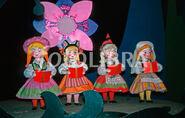 632088-disneys-its-a-small-world-1964