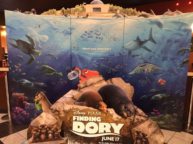 File:Finding Dory Standee (we found gerald).jpg