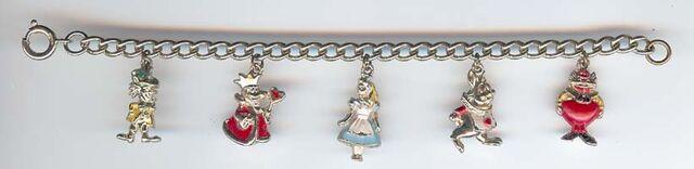 File:Coro bracelet 200.jpg