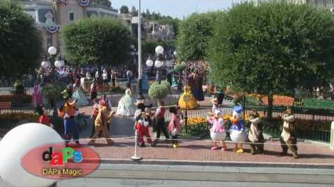 Disneyland's 55th Birthday Flashmob - Town Square - Disneyland July 17, 2010