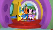 Donald, goofy, minnie and daisy