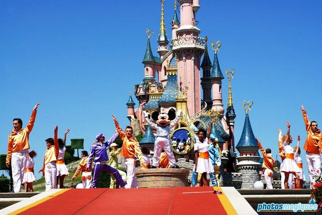 File:It's Party Time... with Mickey and Friends.jpg