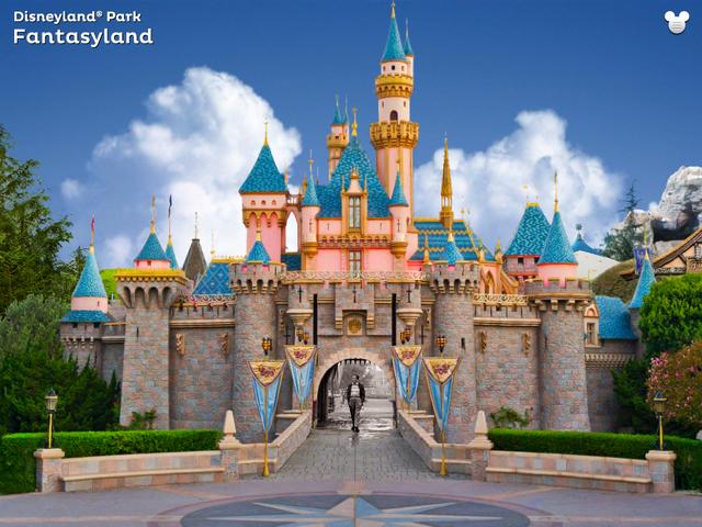 File:Sleeping Beauty Castle (Disneyland Explorer).png