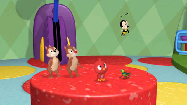 File:Chip n dale, baby red bird, wilbur and buzz buzz.jpg