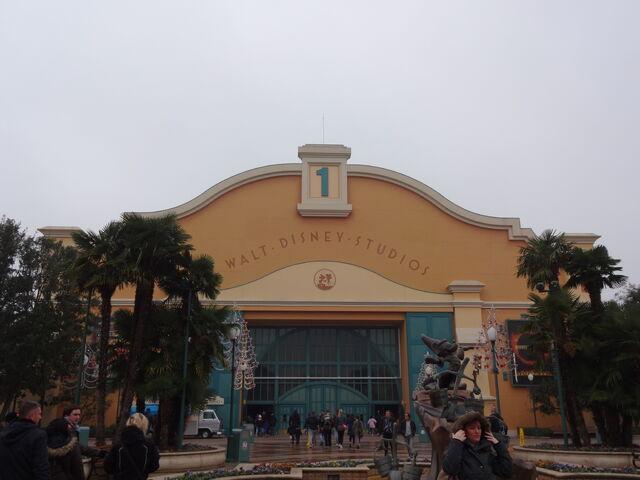 File:Disney Studio 1 exterior.jpg
