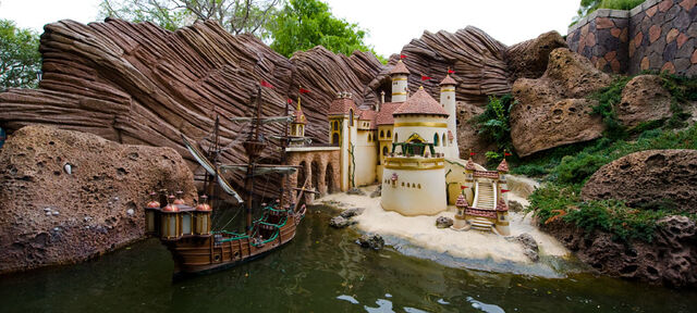 File:Storybook Land Canal Boats The Little Mermaid.jpg