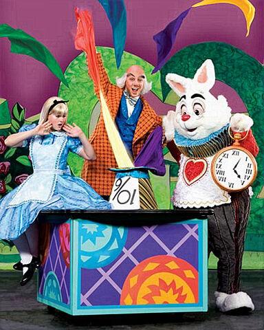 File:Mickey's-Magic-Show-c-web.jpg