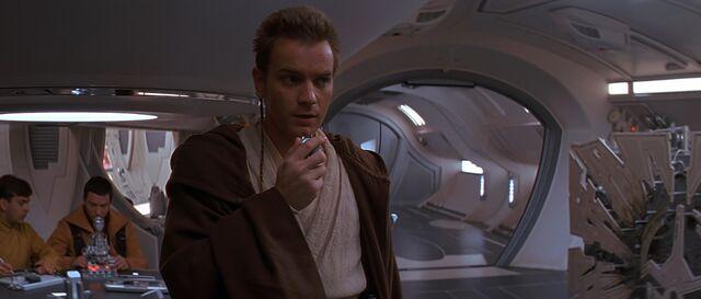 File:Obi-Wan Kenobi TPM 3.jpg