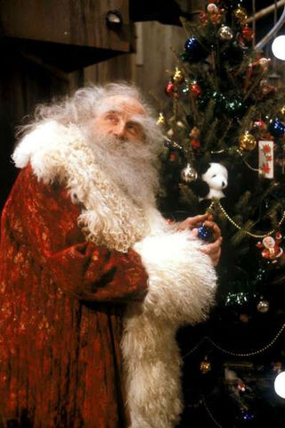 File:One-magic-christmas-1985b.jpg