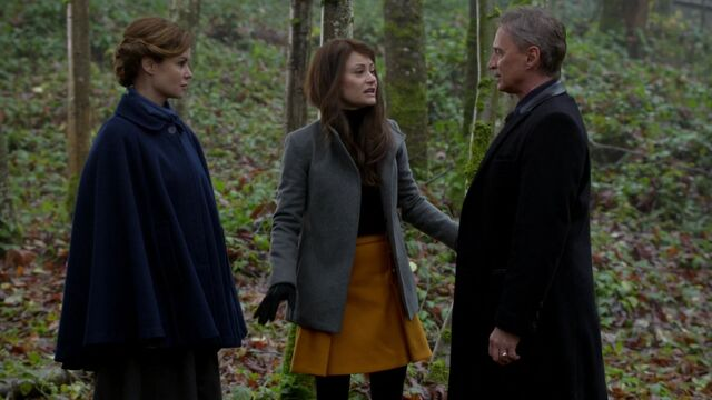 File:Once Upon a Time - 6x13 - Ill-Boding Patterns - Mother Superior. Belle and Gold.jpg