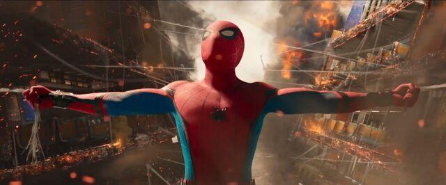 File:Spider-Man Homecoming 40.jpg