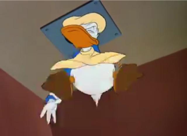 File:Donald Duck Hook Line Sinker screenshot 1.png