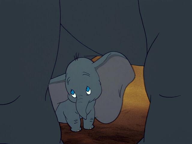 File:Dumbo-disneyscreencaps.com-2149.jpg