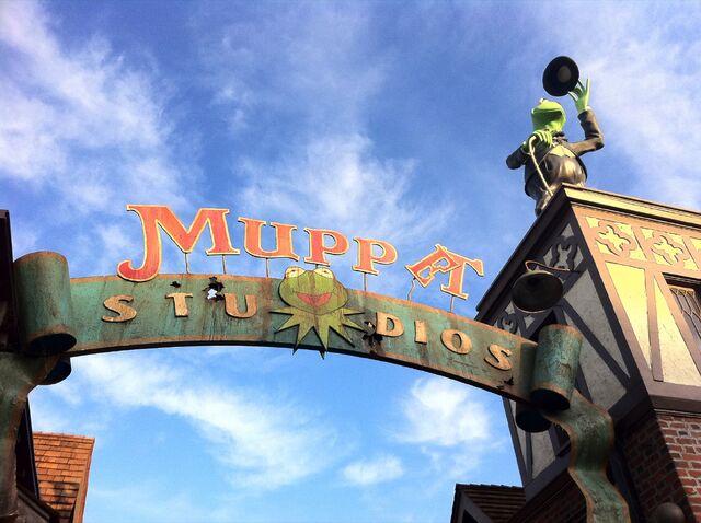 File:Muppet-Studios.jpg