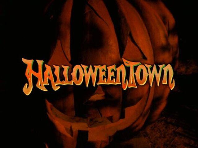 File:Halloweentown-disneyscreencaps.com-3.jpg