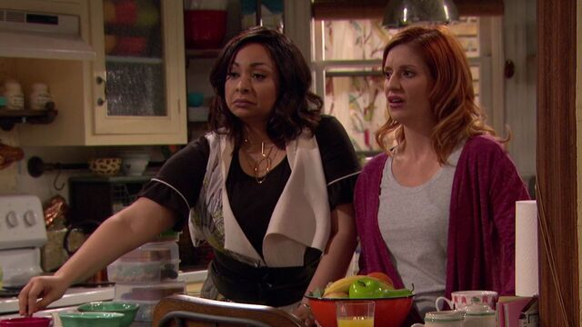 File:Raven's Home - 1x01 - Baxters Back! - Failed Marriages.jpg