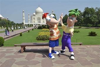 File:Disney-cartoon-characters-dance-before-the-Taj-Mahal-2011.jpg