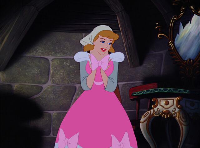 File:Cinderella-disneyscreencaps.com-4593.jpg