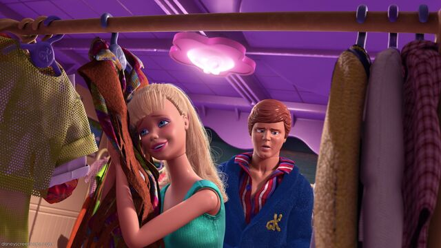 File:Freak-Out-Ken-and-Barbie-toy-story-3-33230718-1920-1080.jpg