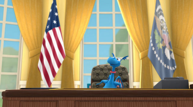 File:Stuffy pretending to be the president.jpg