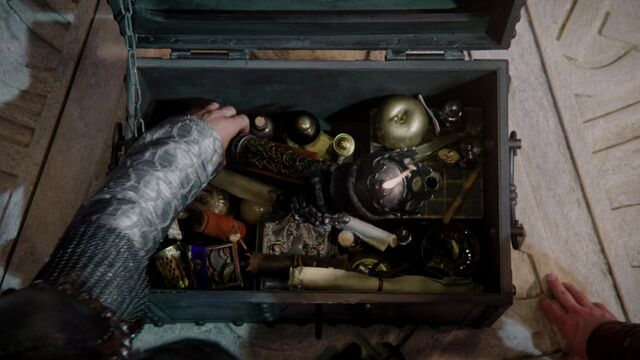 File:Once Upon a Time - 5x03 - Siege Perilous - Chest.jpg