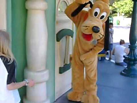 File:Pluto posing in toontown.jpg