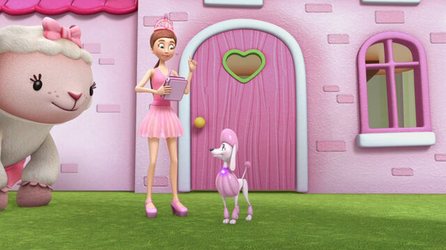 File:Dress up daisy and her poodle piper2.jpg
