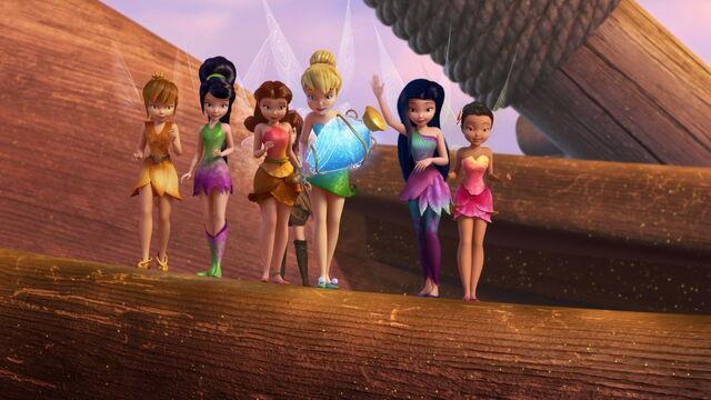 File:Pirate-fairy-disneyscreencaps.com-7710.jpg