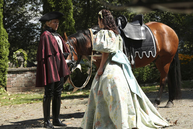 File:Once Upon a Time - 6x03 - The Other Shoe - Photography - Stepsister and Footman.jpg