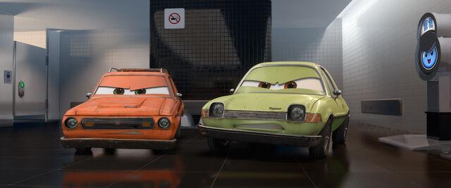 File:Cars 2 screenshot 4.jpg