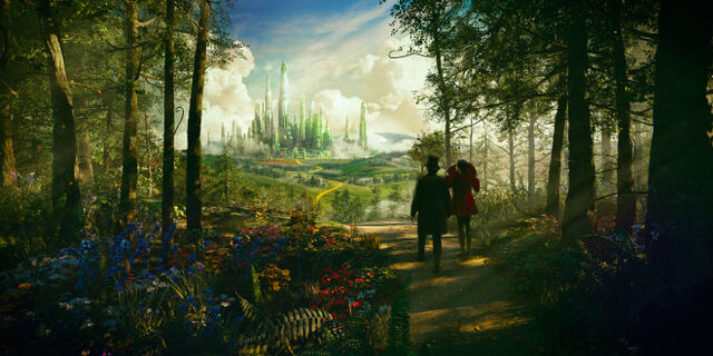 File:The Emerald City from Oz The Great and Powerful.jpg