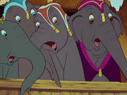 Dumbo-disneyscreencaps.com-1080