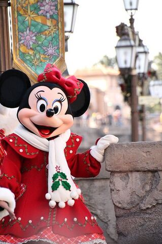 File:Christmas Minnie.jpg