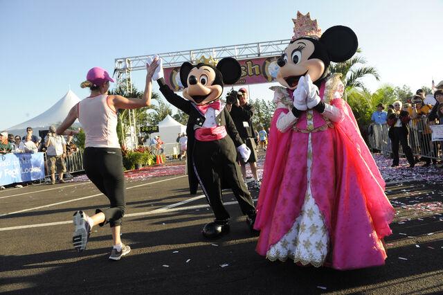File:Mickey-Marathon.jpg