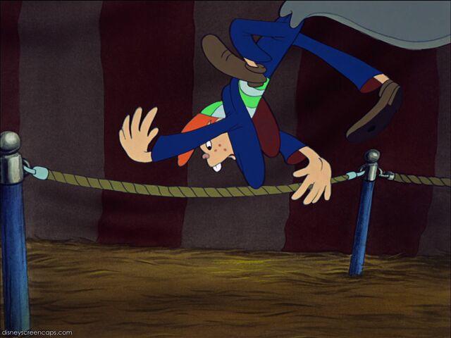 File:Dumbo-disneyscreencaps com-1941.jpg