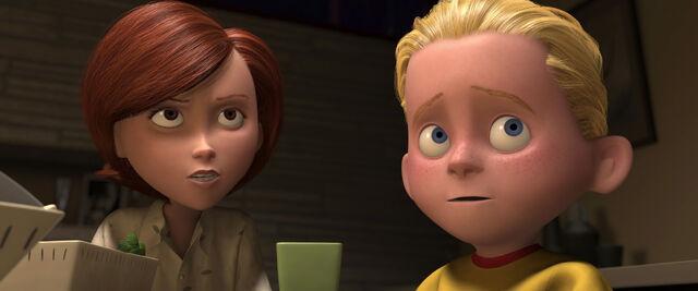File:Incredibles-disneyscreencaps.com-2067.jpg