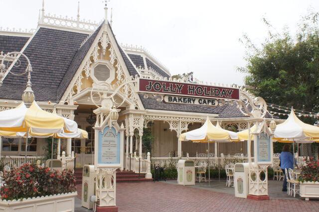 File:Jolly-holiday-bakery-cafe-00.jpg