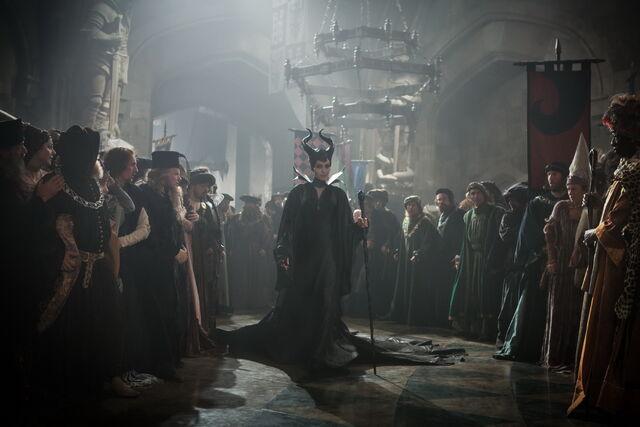 File:Maleficent-(2014)-52.jpg