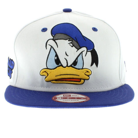 File:26-Donald-Duck-The-Cabesa-Punch-Snapback-White-And-Blue-950-9fifty-New-Era-Cap-2.jpg