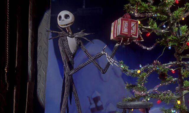 File:Nightmare-christmas-disneyscreencaps com-2547.jpg