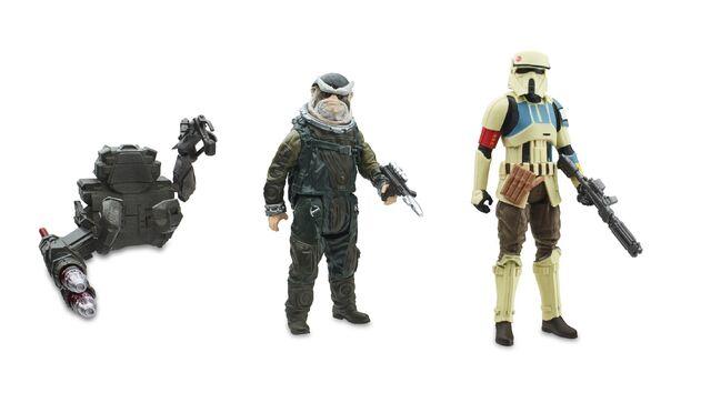 File:Bistan and Shoretrooper Captain Figures.jpg