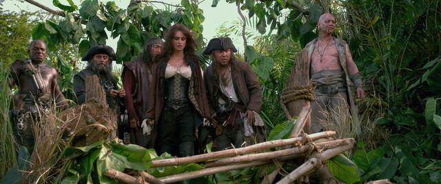 File:Pirates4-596.jpg