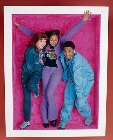 File:That's So Raven - Cheslea, Raven and Eddie 3.jpg